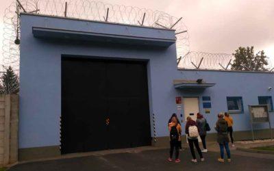 Dobrovolníci Maltézské pomoci vyrazili na exkurzi do břeclavské Věznice