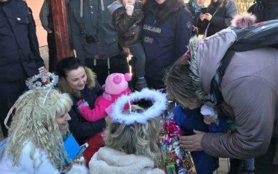 Děti z Dětského centra Ostrůvek jely vlakem za Mikulášem